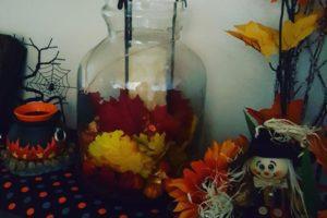 Falling in Love with Fall {Family Friendly DIY Autumn Decor- Corpus Christi Moms Blog