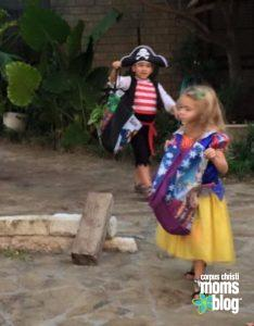 4 Tips for Safe Trick or Treating- Halloween