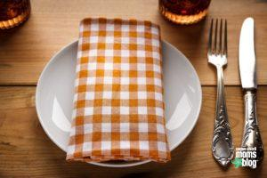 eating-out-at-restaurants-with-food-allergies-corpus-christi-moms-blog