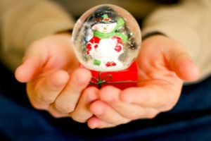 Fun and Easy Christmas Crafts for Kids- Snow Globe