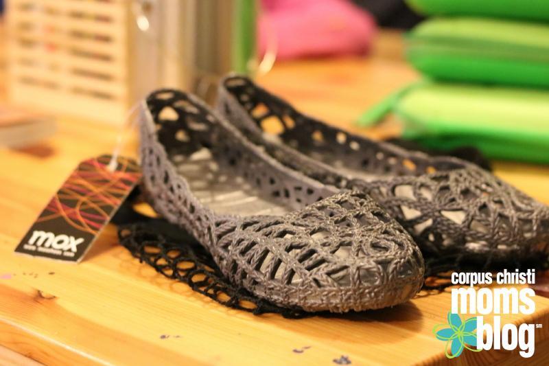 mox-shoes-corpus-christi-mom-blog