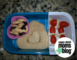 Valentines Lunch with Hearts- Corpus Christi Moms Blog