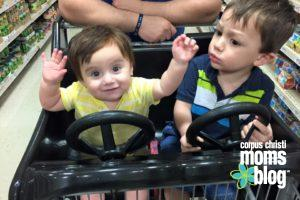 5 Tips for Surviving Holiday Shopping With Your Toddler- Kids- Corpus Christi Moms Blog