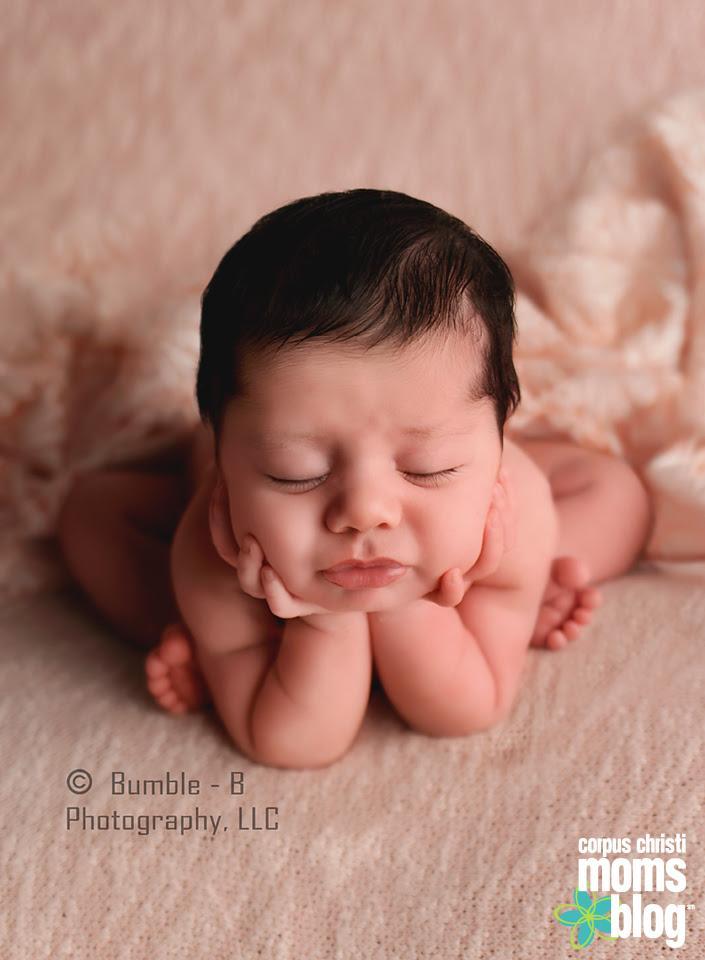 Froggy Newborn Photo Session Pose- Bumble-B Photography- Corpus Chrsiti Moms Blog