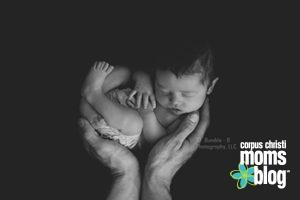Newborn Photo- Bumble-B Photography- Corpus Chrsiti Moms Blog