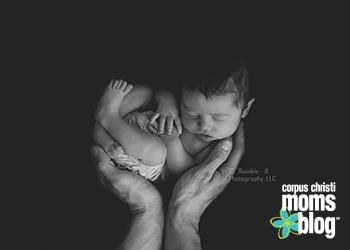 Newborn Photo- Bumble-B Photography- Corpus Chrsiti Moms Blog