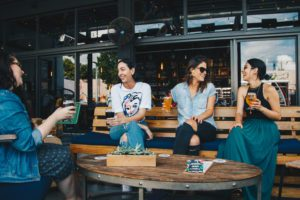 Making Mom Friends when you're an introvert :: Corpus Christi Moms Blog