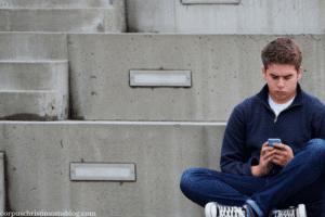 Featured Image __ Talking to Teenagers __ Corpus Christi Moms Blog